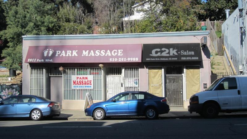 2811 Park Boulevard
